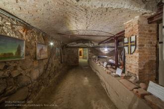 Выставка старинного кирпича из развалин замков Восточной Пруссии