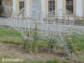 Сквер на Бакинской. Медведи. Осень 2015 года. Фото