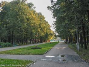 Главная аллея. Автозаводский парк