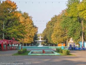 Главный фонтан Автозаводского парка Нижнего Новгорода