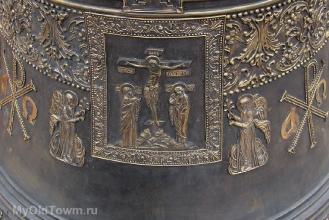 Собор Александра Невского в Волгограде. Колокола. Май 2018 года