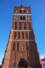 Георгиевская церковь. У подножья башни