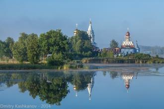 Островоезерский Свято-Троицкий монастырь. Утро