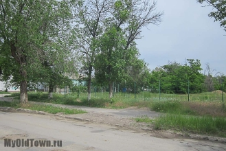 Улица Ухтомского. Волгоград. Пустырь. Фото