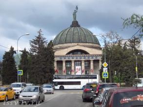 Улица Мира. Планетарий. Фото Волгограда