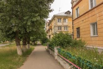Проспект Дзержинского. Дома 13 и 11. Фото старого города