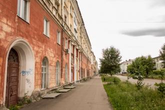 Проспект Дзержинского, дом 8. Краеведческий музей