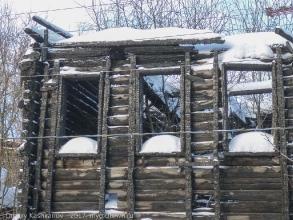 Деревянный дом после пожара. Нижний Новгород