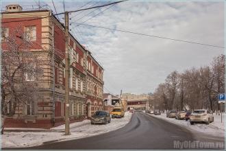 Улица Марата. Вид на метромост. Фото Нижнего Новгорода