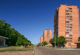 Проспект Молодежный. Красные высотки у парка. Нижний Новгород