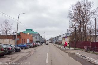 Улица Стрелка. Вид от собора Александра Невского