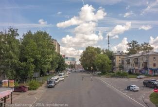 Фото с пешеходного мостика на Площадь Лядова и Окский съезд