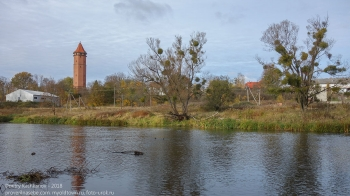 Правдинск. Река Лава, немецкая водонапорная башня