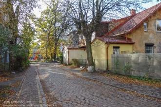 Булыжная мостовая на улице Зеленоградска