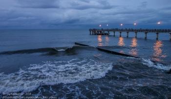 Зеленоградск. Вечернее фото набережной Балтийского моря