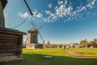 Ветряные мельницы. Суздаль. Фото