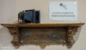 Камера наблюдения замаскирована под старый фотоаппарат с гофрированным объективом