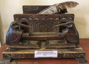 Резной деревянный письменный прибор. XIX век