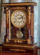 Старинные часы из дома Волконских. Иркутск
