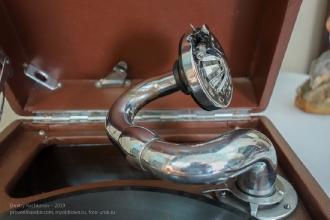 Звуковоспроизводящая головка старого патефона