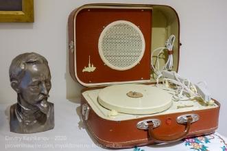 Старая радиола Ленинград